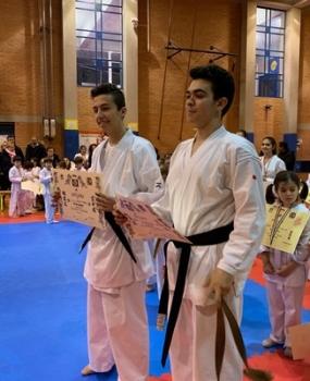 2 nuove cinture nere di karate